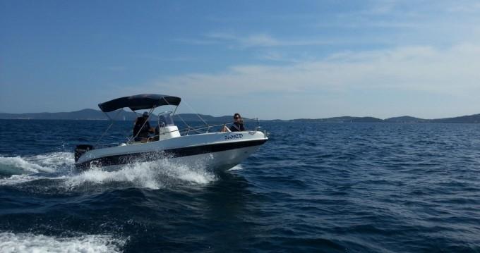 Rental Motorboat in Bibinje - Blumax 19