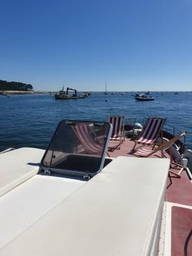 Rental Motorboat in Lège-Cap-Ferret - Lacaze 8,6m