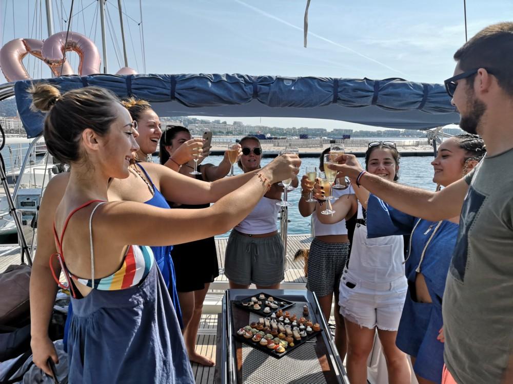 Rent a Bénéteau Oceanis 48 Cannes