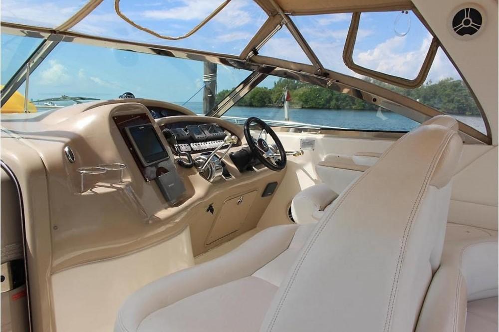 Motorboat for rent Vila Nova de Gaia at the best price