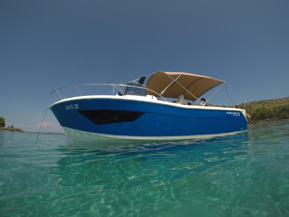 Motorboat for rent Općina Bibinje at the best price