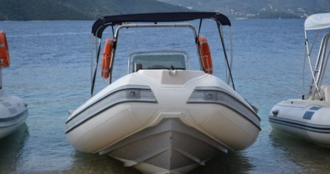 Rental yacht Lefkada (Island) - Predator Predator 599 on SamBoat