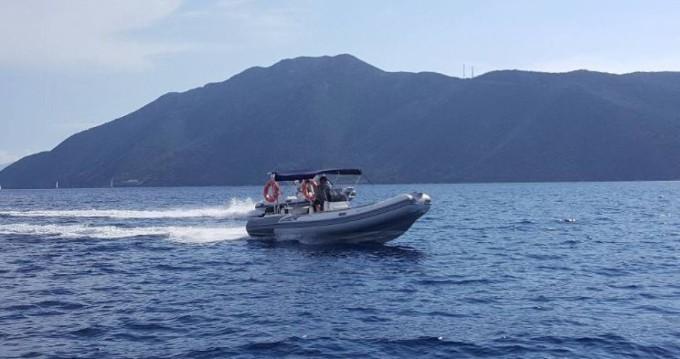 Hire RIB with or without skipper Predator Lefkada (Island)