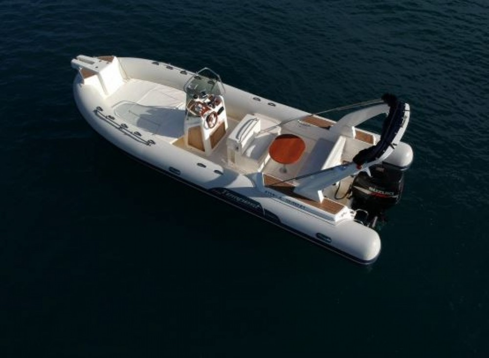Hire RIB with or without skipper Capelli Nydri