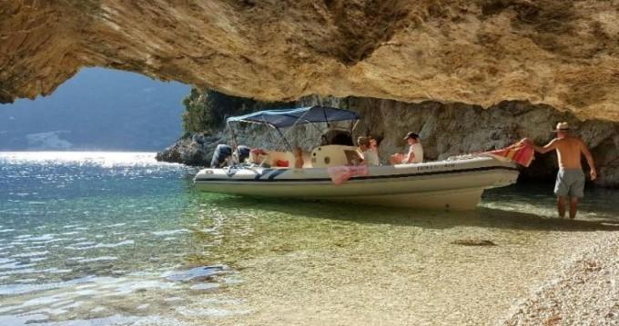 Boat rental Colbac Colbac 750 in Lefkada (Island) on Samboat