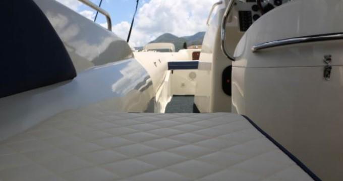 Rental yacht  - Vicror Tempest 990 on SamBoat