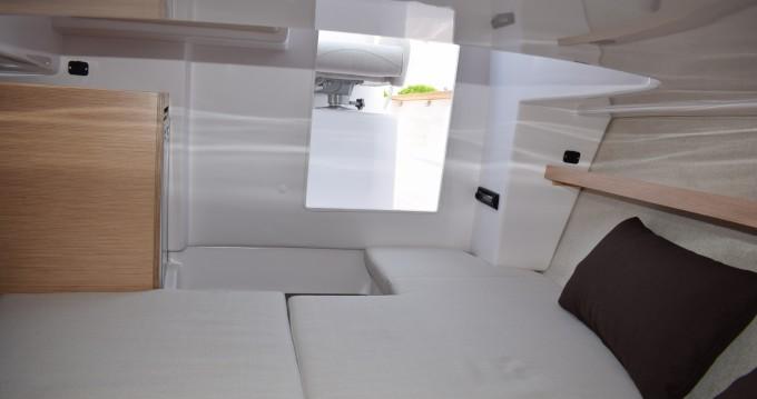 Motorboat for rent Bibinje at the best price