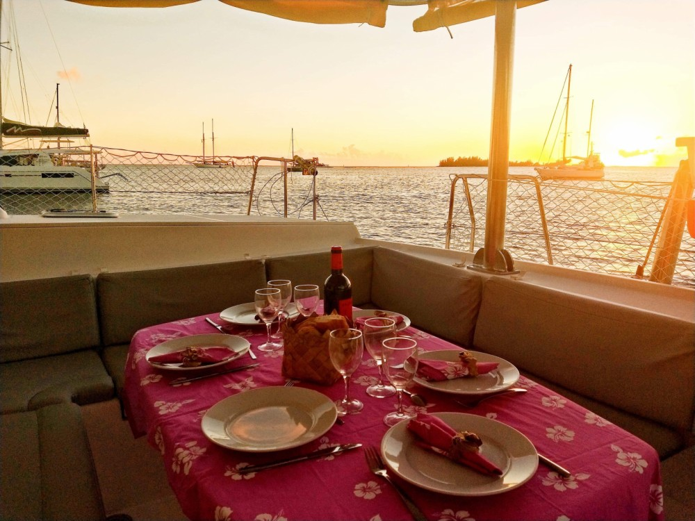 Catamaran for rent Uturoa at the best price