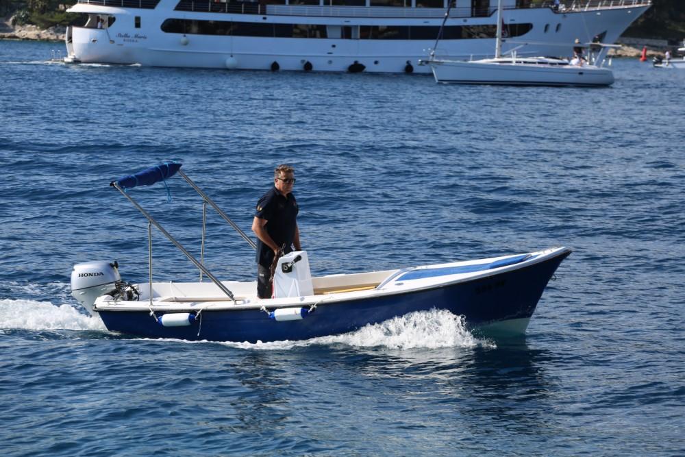 Rental yacht Hvar - Pasara Val on SamBoat