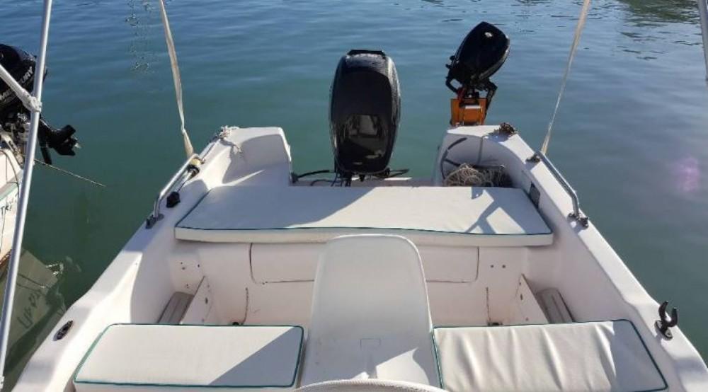 Boat rental  cheap Proteus