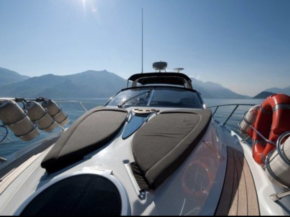 Rental Motorboat in Monaco - Cranchi Endurance 33