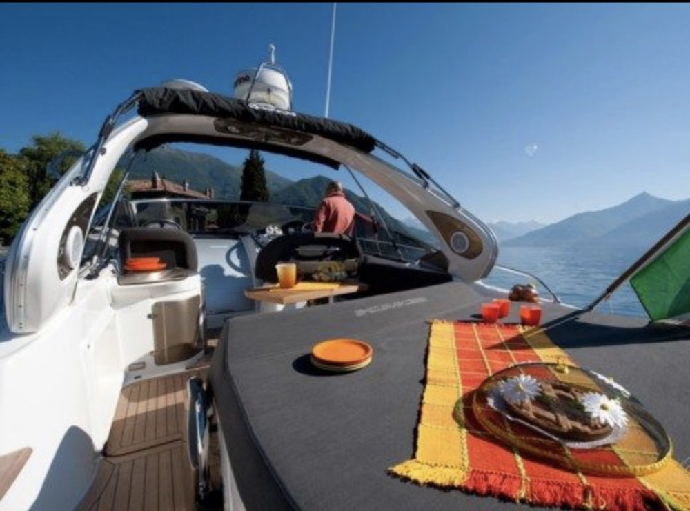 Hire Motorboat with or without skipper Cranchi Monaco