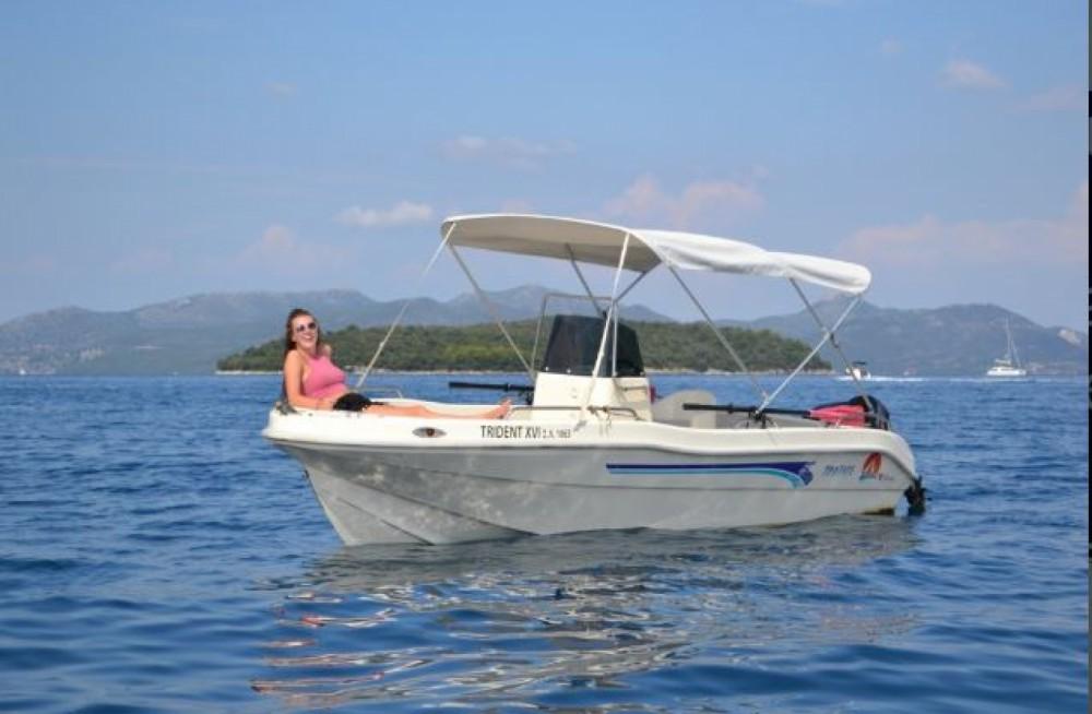 Boat rental Nydri cheap Yoly