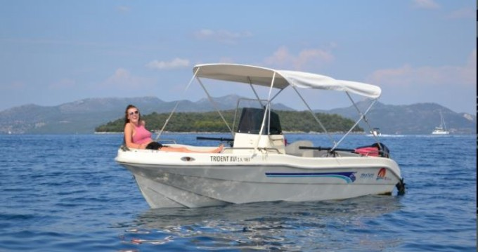 Rental Motorboat Yoly with a permit
