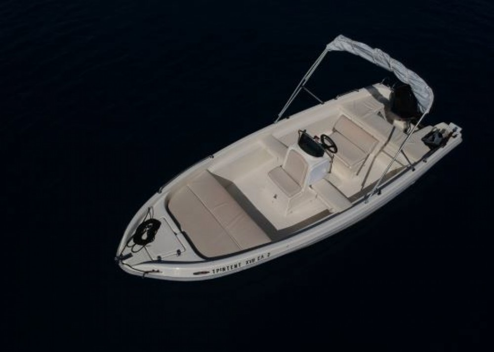 Motorboat for rent Nydri at the best price
