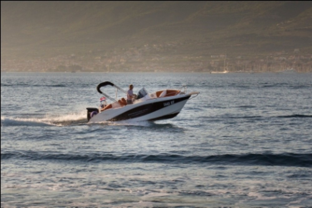 Rental Motorboat in Split - Barracuda 545