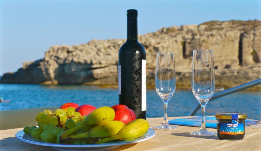 Boat rental Cranchi Meditteranee 43 HT in Aegean on Samboat