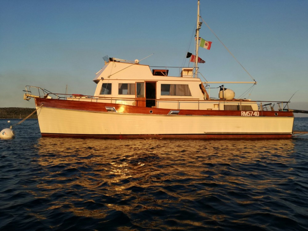 Rental Yacht in Venice - Grand Banks 42 special