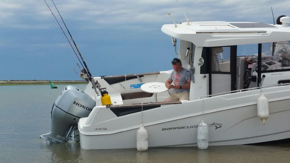 Boat rental Bénéteau Barracuda 7 in Saint-Martin-de-Ré on Samboat