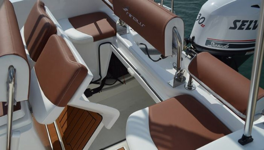 Boat rental  cheap 530