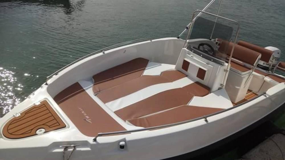 Rental Motorboat in  - nireus 530