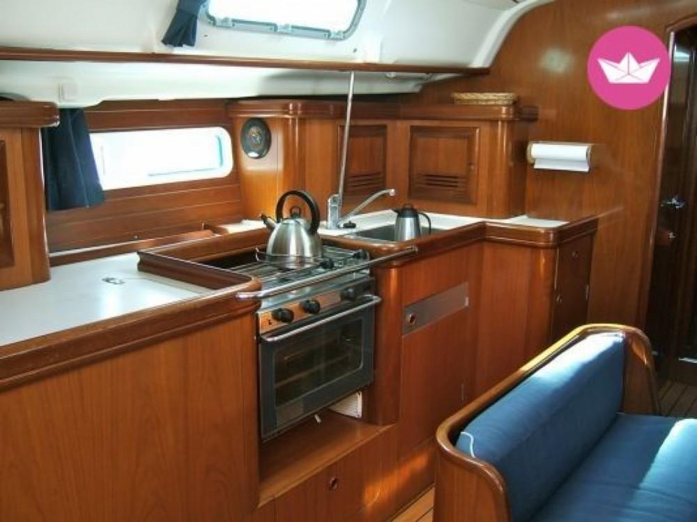 Boat rental Pointe-à-Pitre cheap oceanis 411