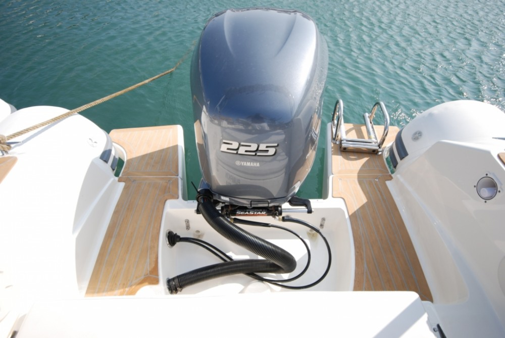 Rental yacht Algajola - Capelli Tempest 700 on SamBoat