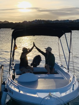Rental Motorboat in Costa Adeje - Dipol D-400 F1RST
