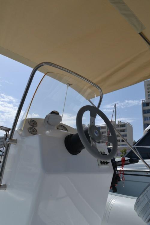 Boat rental Toulon cheap VESTA 650