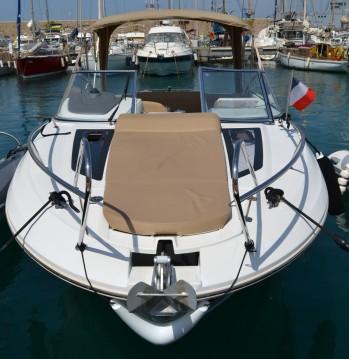 Jeanneau Cap Camarat 7.5 DC between personal and professional Toulon