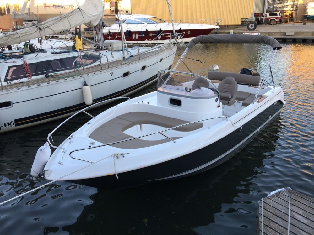 B2 Marine Cap Ferret 652 Day Cruiser between personal and professional Saint-Raphaël