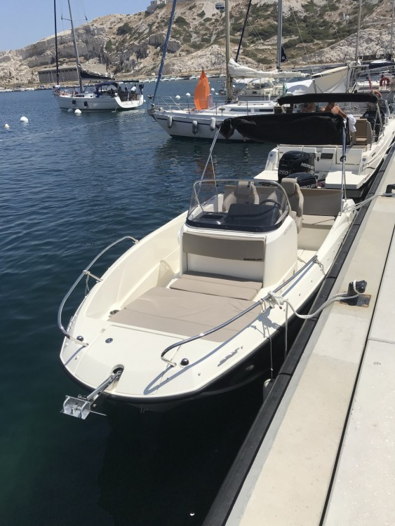 Boat rental Quicksilver Activ 605 Open in Marseille on Samboat