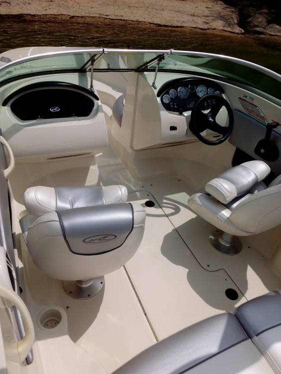 Hire Motorboat with or without skipper Sea Ray Rio Caldo