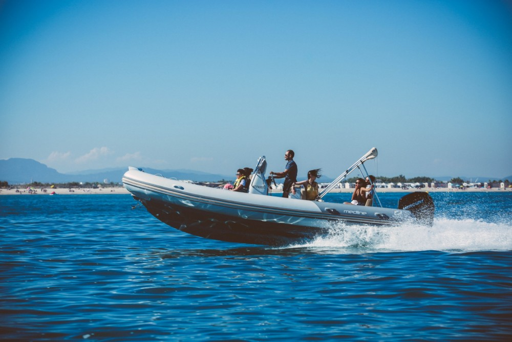 Boat rental Marseille cheap Medline 740
