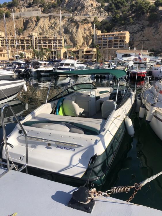 Boat rental Crownline Crownline 266 BR in Altea on Samboat