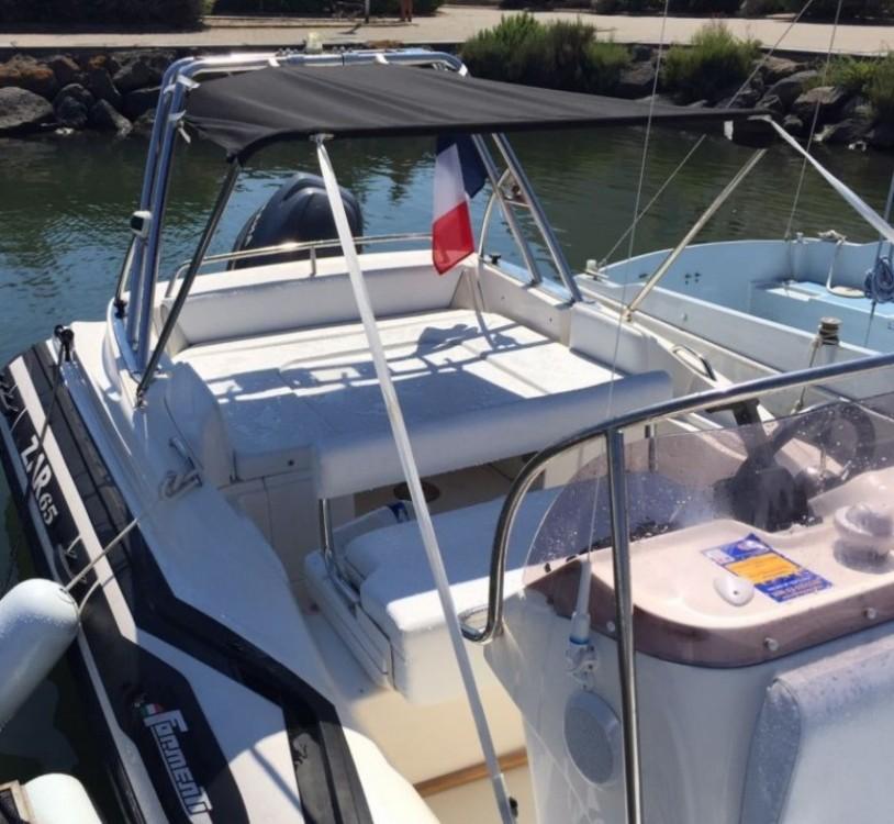 Boat rental Bouzigues cheap zar 650