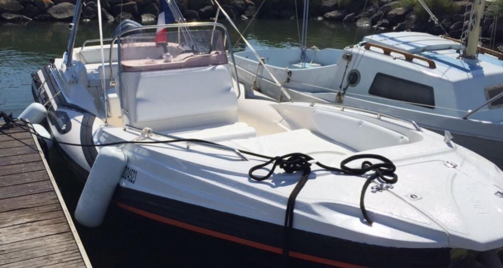Boat rental Zar zar 650 in Bouzigues on Samboat
