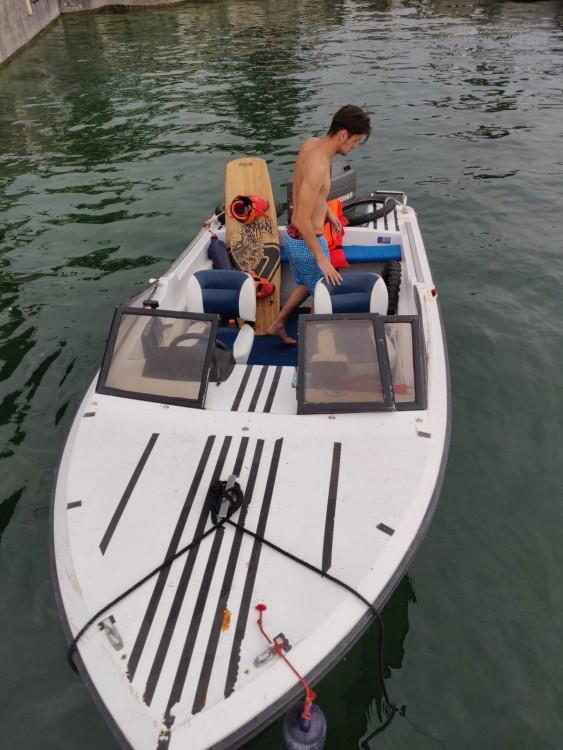 Rental yacht Bourdeau - Jeanneau Djerba 470 on SamBoat