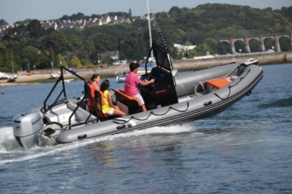 Boat rental Arzon cheap 6.60