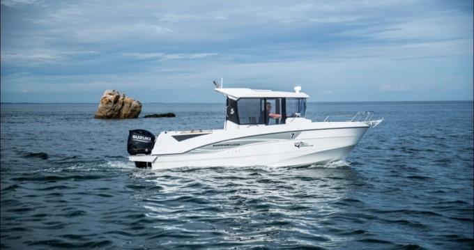 Rental yacht Port du Crouesty - Bénéteau Barracuda 7 on SamBoat