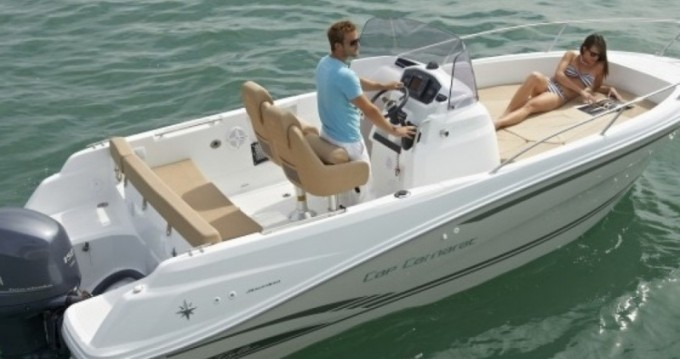 Rental yacht Port du Crouesty - Jeanneau Cap Camarat 650 CC Style on SamBoat