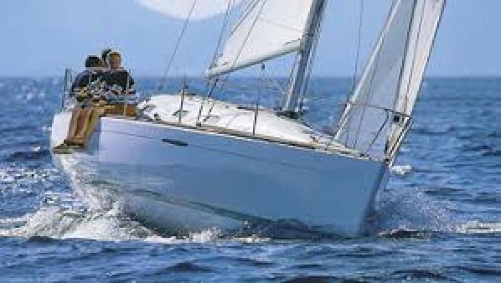 Rental Sailboat in Arzon - Bénéteau First 21.7