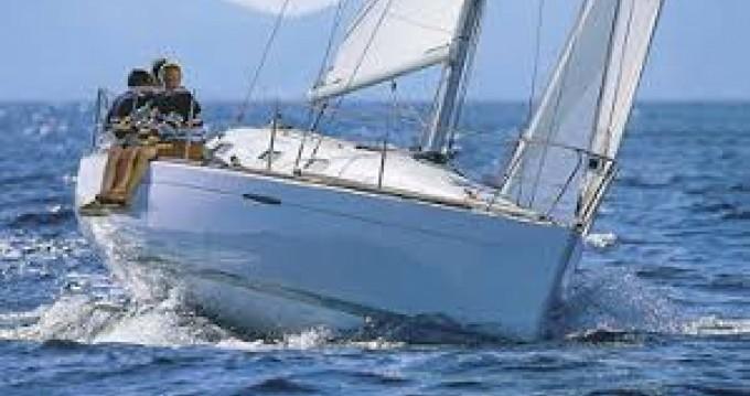 Rental Sailboat in Port du Crouesty - Bénéteau First 21.7