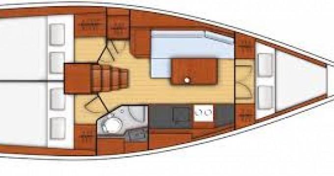 Rental yacht Port du Crouesty - Bénéteau Oceanis 35.1 on SamBoat