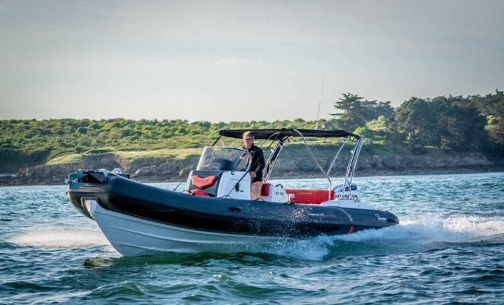 Hire RIB with or without skipper Ranieri Arzon