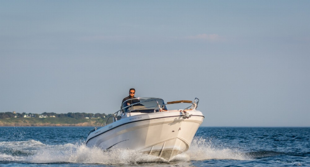 Hire Motorboat with or without skipper Ranieri Arzon