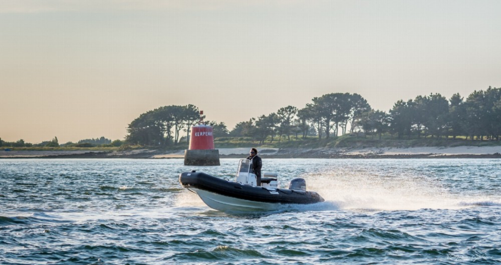 Hire RIB with or without skipper Notys-Pro Arzon