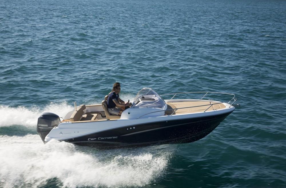 Boat rental Highfield Patrol 660 in Arzon on Samboat