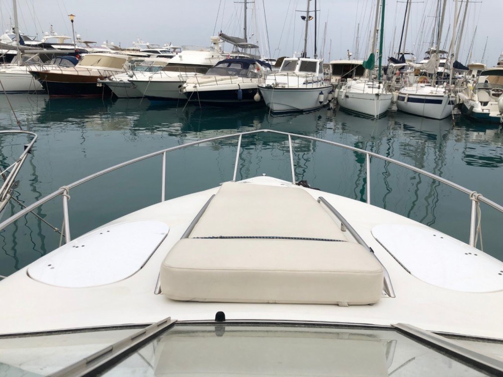 Hire Motorboat with or without skipper Chris Craft Villeneuve-Loubet