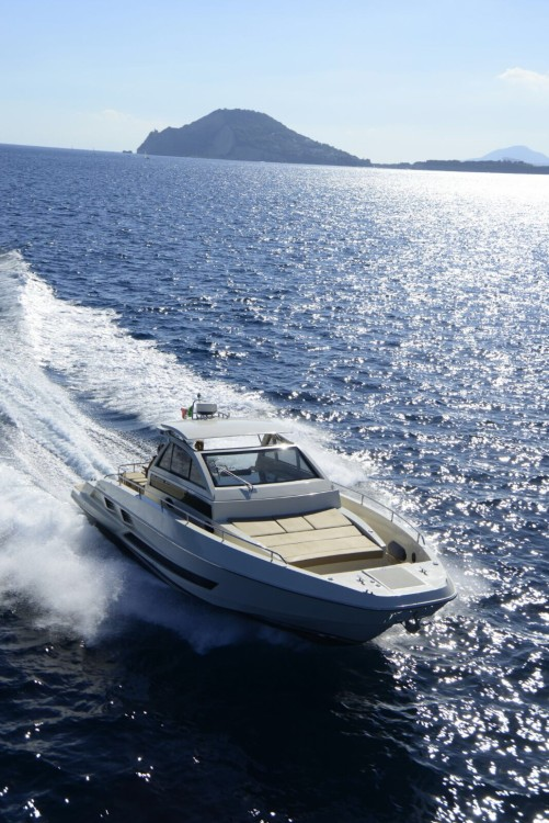 Rental Yacht Solaria  with a permit